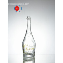 Sparkling Vodka Bottle with Sloping Shoulder Shape